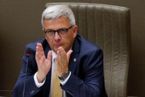 Le président du parlement flamand soumis à l'alcootest 2,5 heures après l'accident