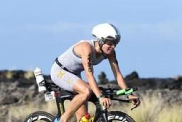 Alexandra Tondeur verovert in Pontevedra wereldtitel triatlon lange afstand
