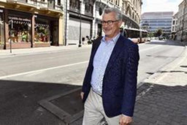 Brussels regeerakkoord - Bernard Clerfayt van het stadhuis van Schaarbeek naar de Brusselse regering
