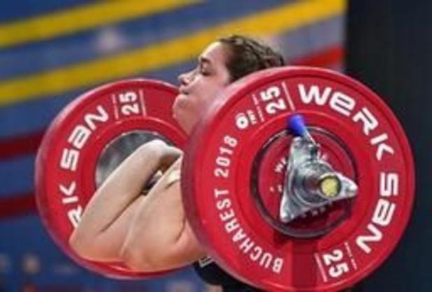 EK gewichtheffen: Anna Van Bellinghen (-81 kg) pakt goud in trekken en brons in totaal