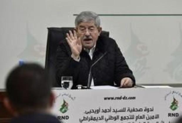Regeringspartij vraagt om ontslag van Algerijnse president Bouteflika