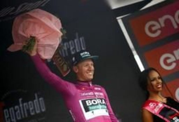 Pascal Ackermann remporte une nouvelle victoire au sprint après une tumultueuse 5e étape
