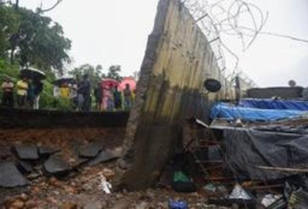 Pluies de mousson en Inde: 15 morts dans l'écroulement d'un mur