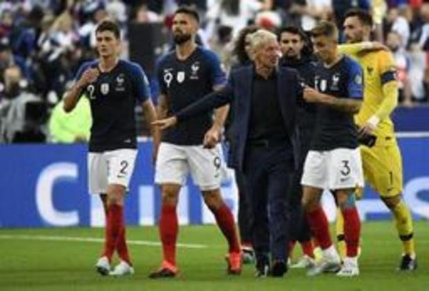 "Macron s'excuse pour la ""gaffe scandaleuse"" sur l'hymne albanais"
