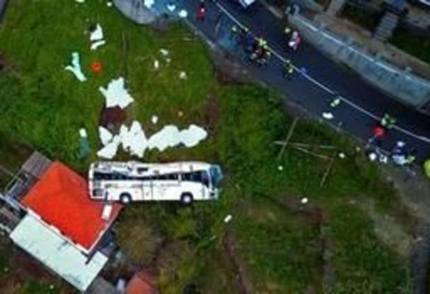 Accident de bus à Madère: le gouvernement décrète trois jours de deuil