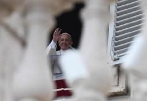 Arrêt des soins pour Vincent Lambert: le pape appelle à protéger la vie