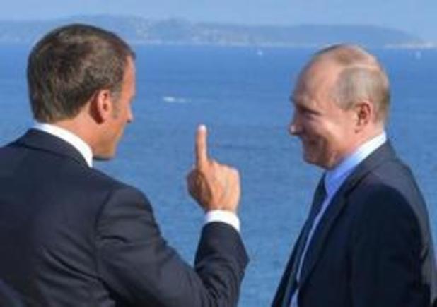 Kremlin verdraait woorden Macron over protesten gele hesjes in Frankrijk