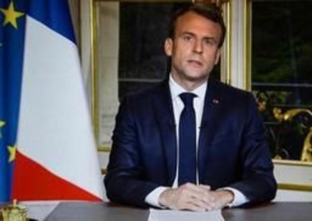 """Macron veut que Notre-Dame soit rebâtie """"d'ici cinq années"""""""