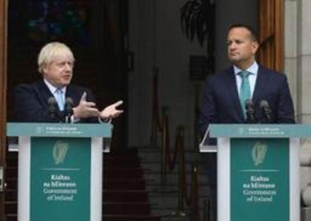 """Boris Johnson op bezoek bij Ierse premier Varadkar met """"overvloed aan voorstellen"""""""
