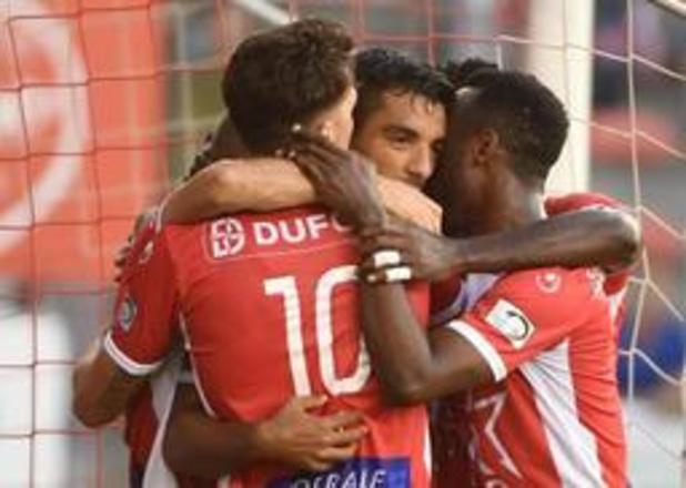 Jupiler Pro League - Excel Moeskroen klimt naar vierde plaats na zege tegen Eupen