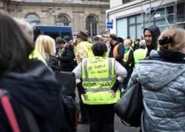 """Nouvelles manifestations de """"gilets jaunes"""" avant les annonces de Macron"""