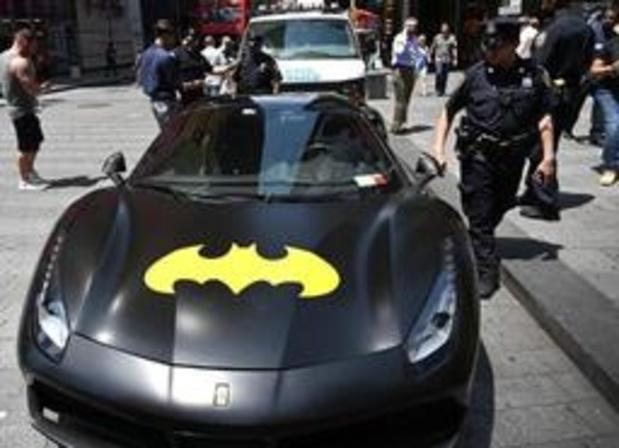 """Une """"Batmobile"""" impliquée dans un accident dans le nord de la France."""