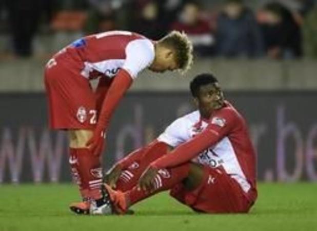 Moeskroen-sensatie Taiwo Awoniyi vreest voor het einde van zijn Liverpool-droom