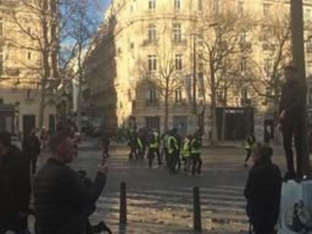 Meer dan 60.000 Franse politieagenten gemobiliseerd voor 23ste protest gele hesjes