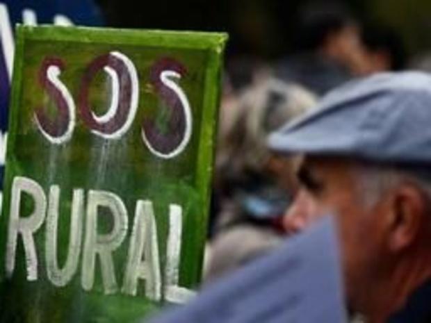 Tienduizenden Spanjaarden betogen tegen ontvolking platteland