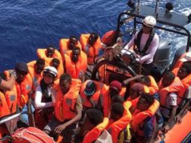 Encore un sauvetage en Méditerranée pour l'Ocean Viking, 356 migrants à bord