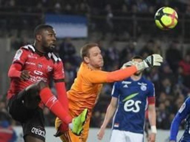 Belgen in het buitenland - Matz Sels pakt met Straatsburg puntje tegen Marseille