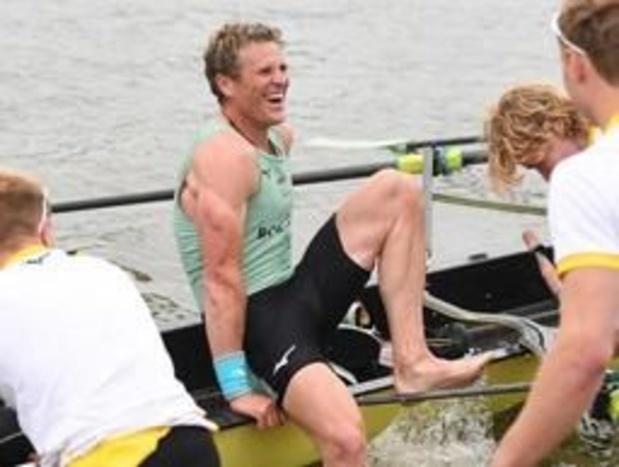 Oxford-Cambridge - Cambridge wint Boat Race dankzij 46-jarige veteraan