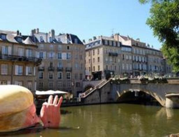 La tête de Trump dans la Moselle pour dénoncer son climatoscepticisme