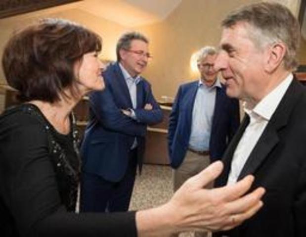 Maingain (DéFI) gaat in op uitnodiging tot onderhandelingen over Brusselse formatie