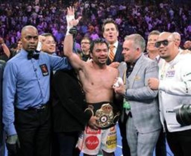 Manny Pacquiao s'empare de la ceinture WBA des welters de Keith Thurman à près de 41 ans