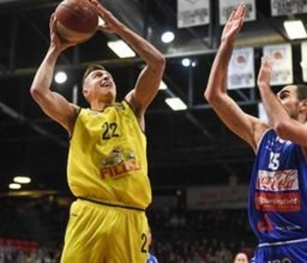 EuroMillions Basket League - Oostende deelt leiding met Antwerp na zege tegen Brussels