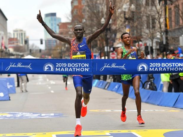 Victoires de Lawrence Cherono et de Worknesh Degefa au marathon de Boston