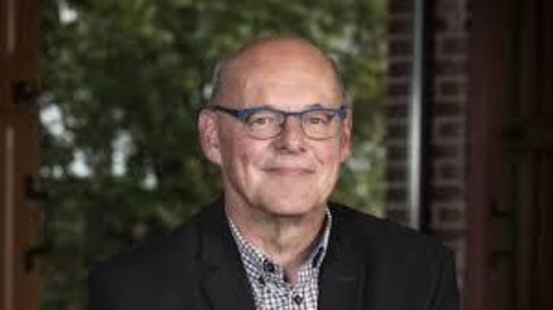 Schepen Frank Acke in coma na hartstilstand