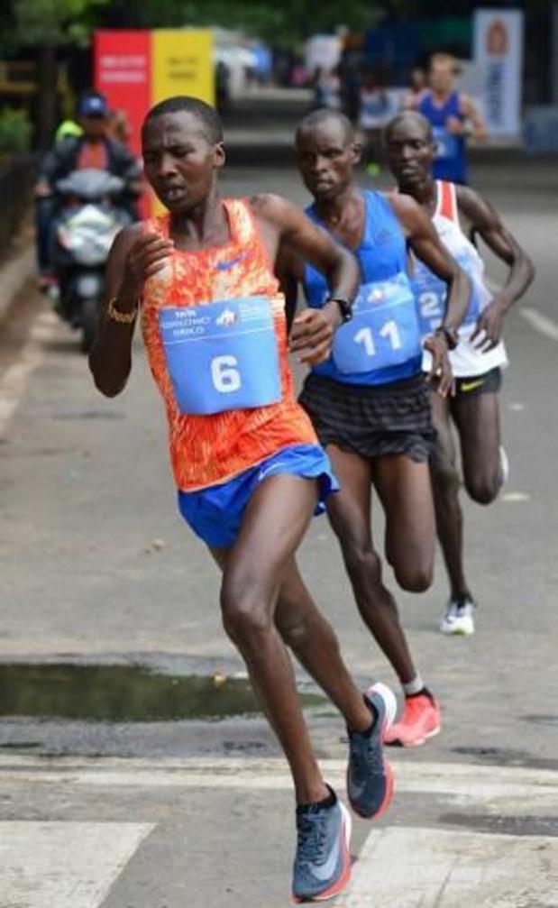 Keniaan die Kipchoge bijstond in recordmarathon is twee jaar geschorst