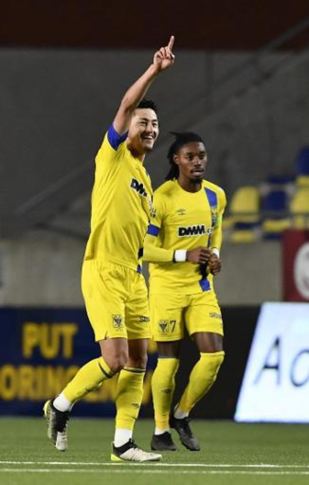 Jupiler Pro League - STVV en Antwerp spelen 1-1 gelijk na twee late goals