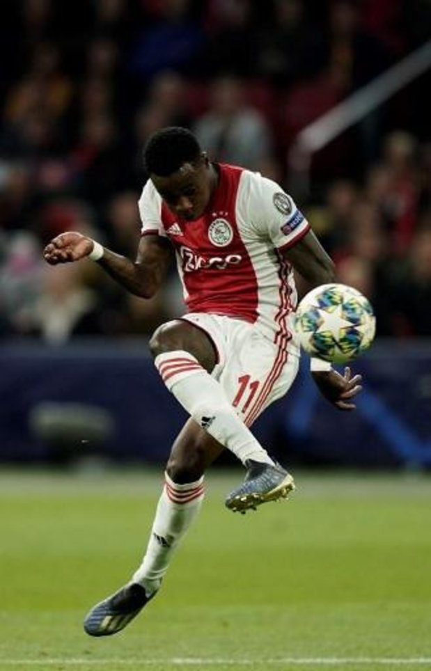 Eredivisie - Le PSV Eindhoven et Ajax se neutralisent (1-1), Donyell Malen marque encore