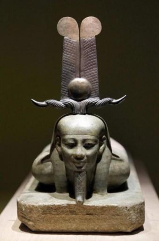 Egypotologen KU Leuven graven deel van zeldzaam 'Tweewegenboek' op