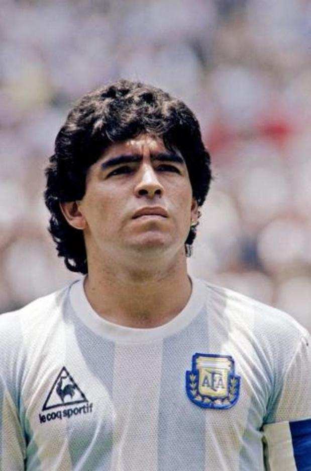 """Le monde pleure son """"Dieu"""" du football, décédé à 60 ans"""