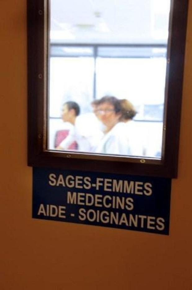 Les logopèdes et les sages-femmes bientôt à la rescousse du testing