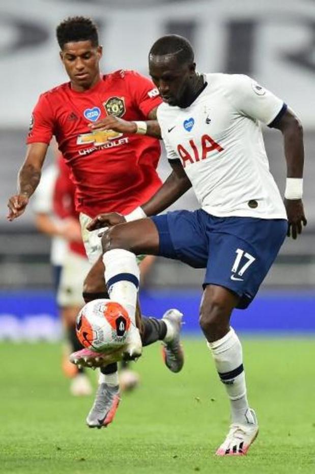 Belgen in het buitenland - Tottenham Hotspur en Manchester United houden elkaar in evenwicht