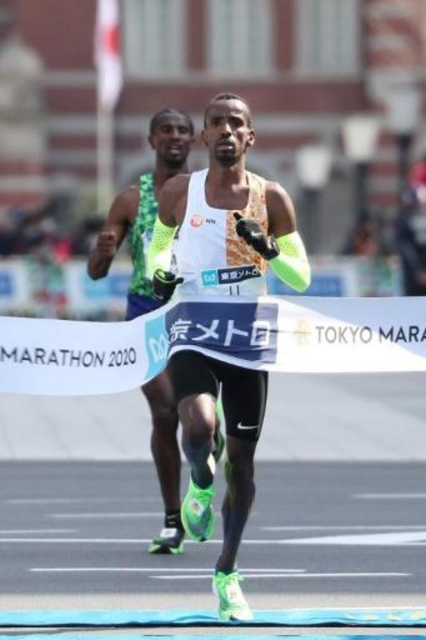 Bashir Abdi bij genomineerden voor Europese atleet van de maand maart