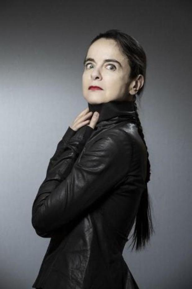 Le Goncourt à Jean-Paul Dubois par 6 voix contre 4 à Amélie Nothomb