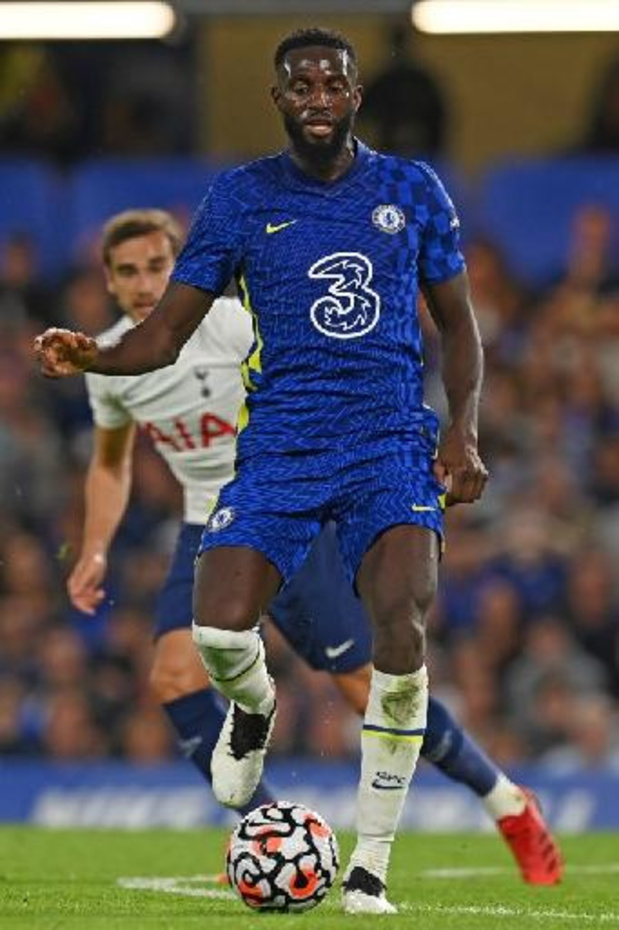 Le Français Tiémoué Bakayoko prêté deux ans à l'AC Milan