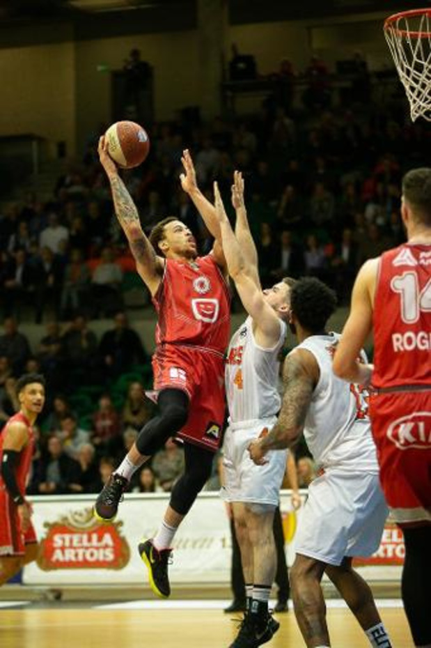 EuroMillions Basket League - Leuven Bears pakt knappe thuiszege tegen Antwerp Giants