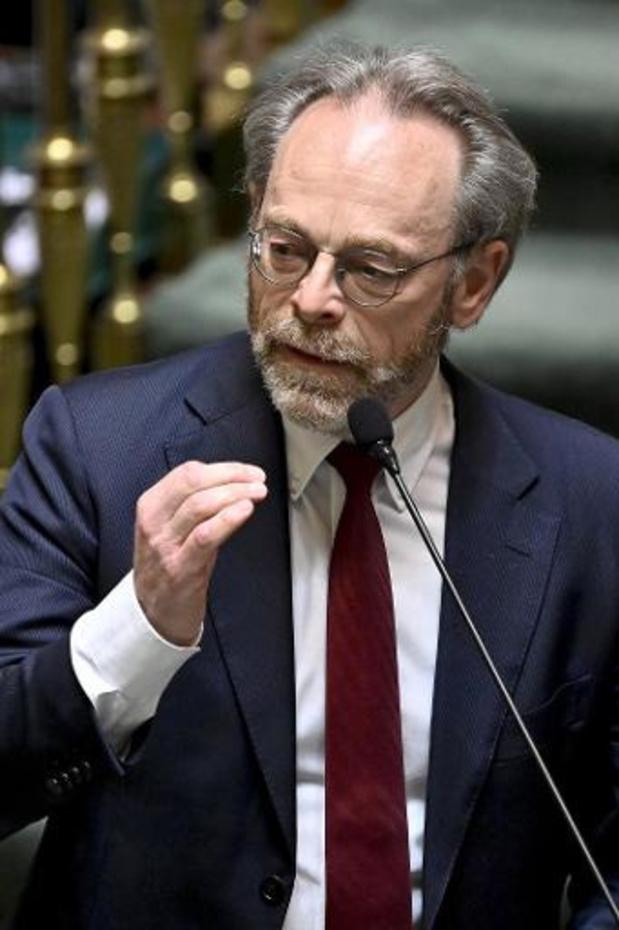 L'opposition demande à De Croo de revenir à la Chambre pour s'expliquer