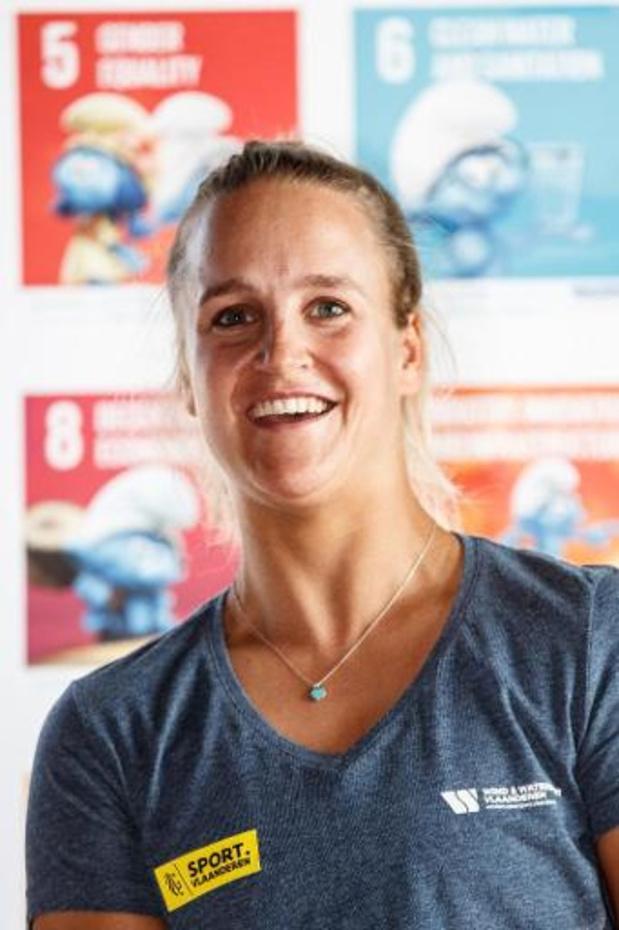 Emma Plasschaert klimt naar zesde plaats