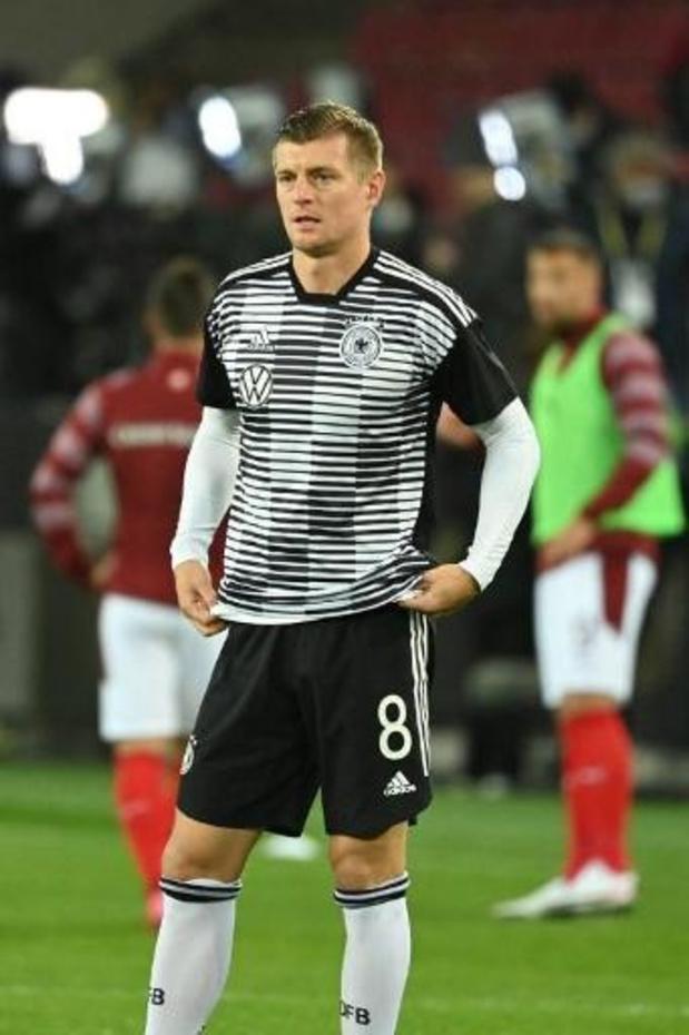 """Toni Kroos is hard voor FIFA en UEFA: """"Spelers zijn maar marionetten"""""""