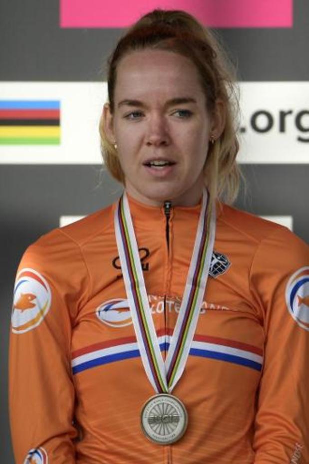 EK wielrennen: Van der Breggen houdt Van Dijk van vijfde titel op rij