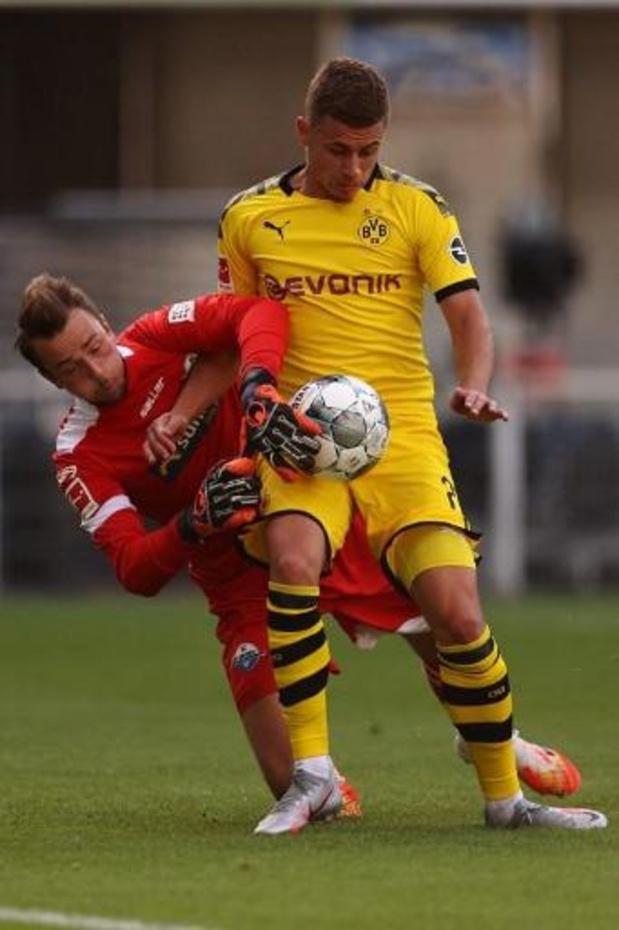 Les Belges à l'étranger - Un but et un assist pour Hazard, un assist pour Witsel lors du carton de Dortmund