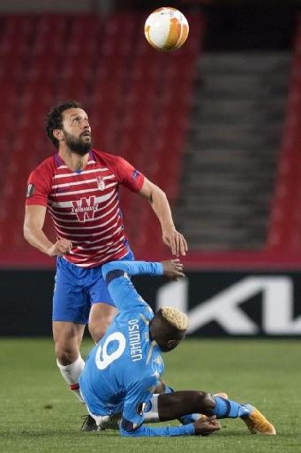 Serie A - Napoli-spits Osimhen op draagberrie afgevoerd in doelpuntenkermis tegen Atalanta