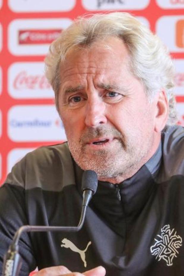 IJslandse bondscoach Hamren met veredeld B-elftal in Brussel