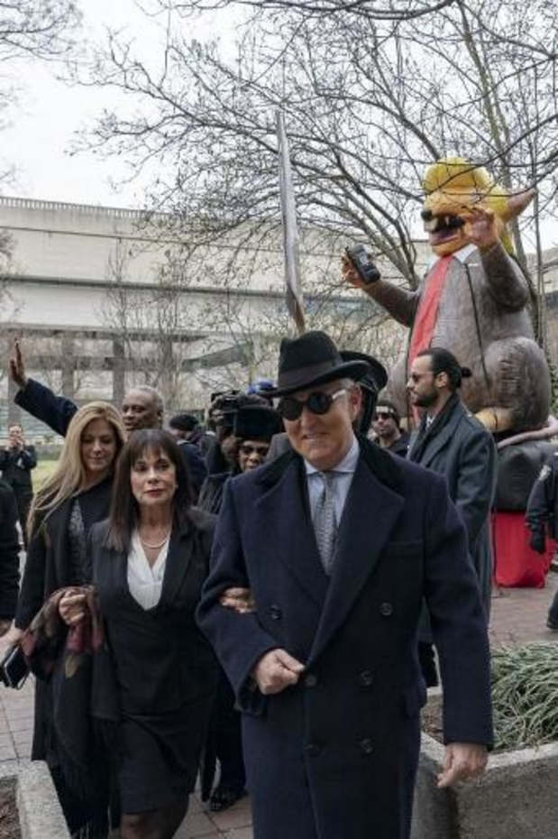 Trump-vertrouweling Roger Stone tot veertig maanden cel veroordeeld