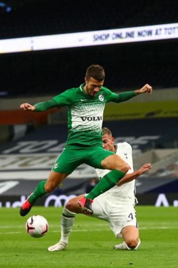 Belgen in het buitenland - Tottenham (met Alderweireld) haalt de groepsfase van de Europa League na zevenklapper