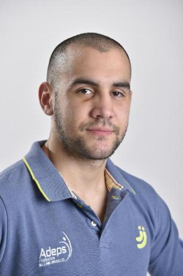 Championnat d'Europe des poids légers - Francesco Patera bat le champion d'Italie Domenico Valentino, et conserve son titre