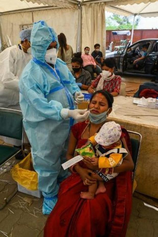 Aantal nieuwe coronagevallen in India daalt naar laagste niveau in meer dan zes weken